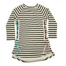 Платье-туника в черно-белую полоску с разноцветной шнуровкой