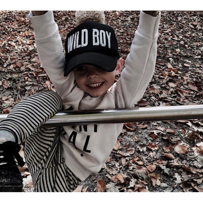 Кепка POMPOM WILD BOY чёрно-белая с помпоном, 3-12 лет
